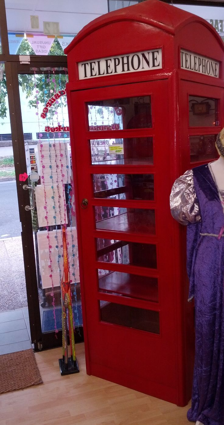We have several telephone booth shelving units to sell - shelves can be removed to convert to a telephone box for use in a pub, club or other. Made from teakwood and quality solid materials. A very unique and bizarre item, only at Wynnum Market.