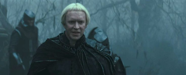 """Sam Spruell as Finn, Queen Ravenna's brother, in """"Snow White and the Huntsman"""" (2012)"""