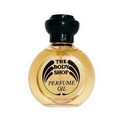 Smells of the 80's - Body Shop's Strawberry, Dewberry and White Musk perfumes!