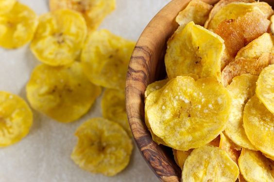 Need A Healthy, Crunchy Snack? Try These Baked Banana Chips