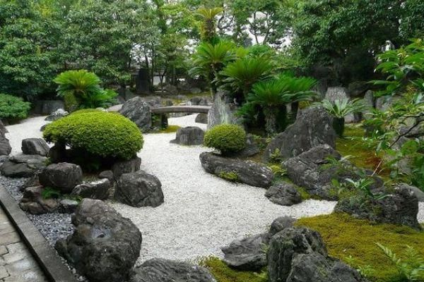 Japanese Garden Design Use Of Stones And Boulders Japanese Rock