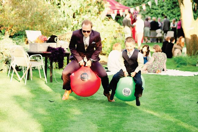 Jennifer and Thomas had a quirky wedding with a village fete theme!