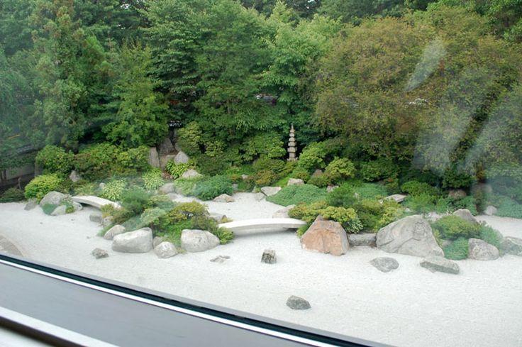 Foto del giardino zen in stile giapponese n.02