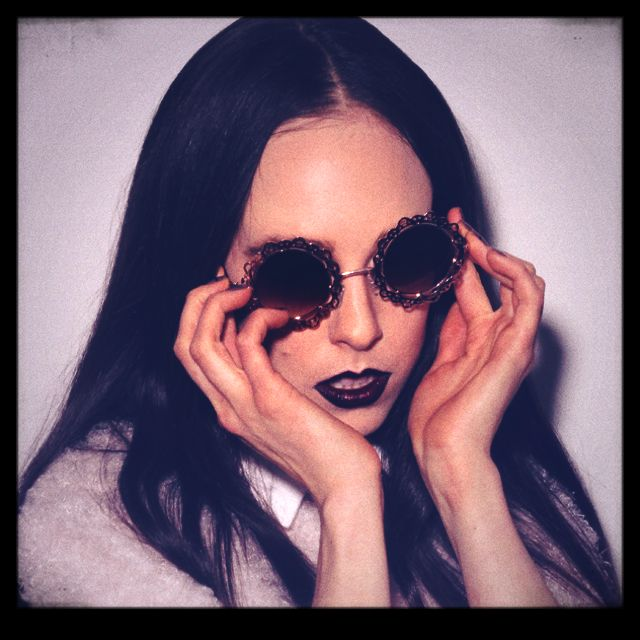 Introducing Allie X and debut single Catch. Click pic for full stream + download!