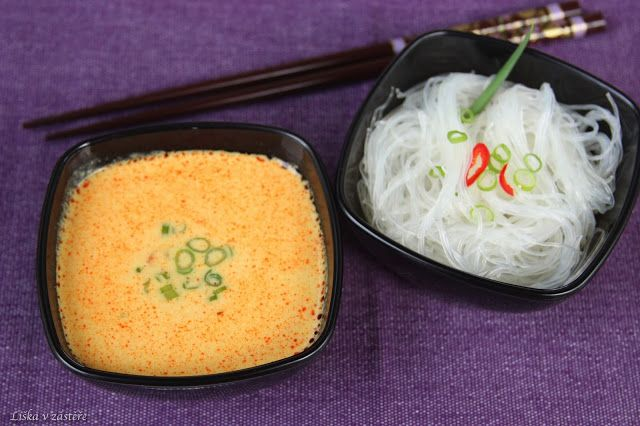 Thai soup with coconut milk and prawns  Thajská polévka s kokosovým mlékem a krevetami