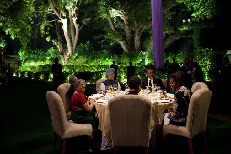 President Barack Obama and First Lady Michelle Obama attend a dinner hosted by Prime Minister Manmohan Singh and Mrs. Gursharan Kaur at the Prime Minister's residence in New Delhi, India, Nov. 7, 2010. They are seated with, counterclockwise from the Pr...