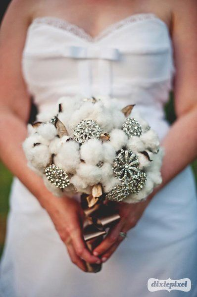 Wonderful Winter Bouquets, Wedding Flowers Photos by Whimsical Gatherings
