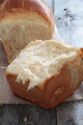Hokkaido , pain japonais au lait , super moelleux, mie filante,