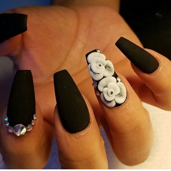 Matte Black Coffin Shapped Nails With White 3d Flowers And Swarovskis Coffin Shape Nails Black Acrylic Nails Coffin Nails Designs