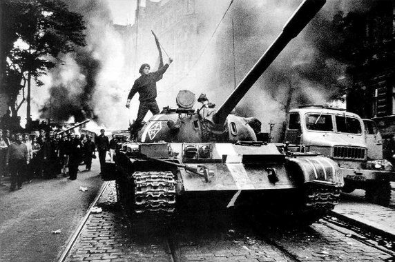KGB-ügynökökkel akarták eltiporni a prágai tavaszt  - http://hjb.hu/kgb-ugynokokkel-akartak-eltiporni-a-pragai-tavaszt.html/