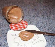 Rezept Nuss-Kinderschokolade-Aufstrich von Feuerrose1988 - Rezept der Kategorie Saucen/Dips/Brotaufstriche