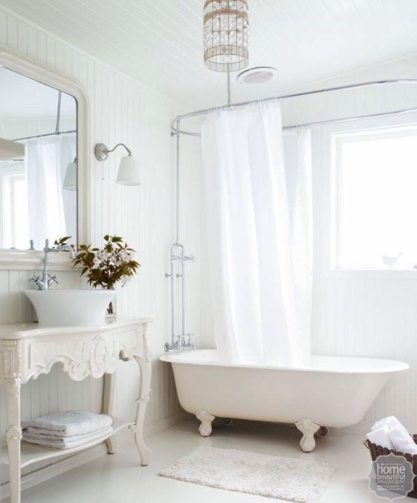 We will be having a shower/bath combo in our ensuite. I love my baths too much to have it any other way :)