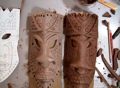 African Clay Masks Good directions - all sorts of African related art ideas...brilliant reference site