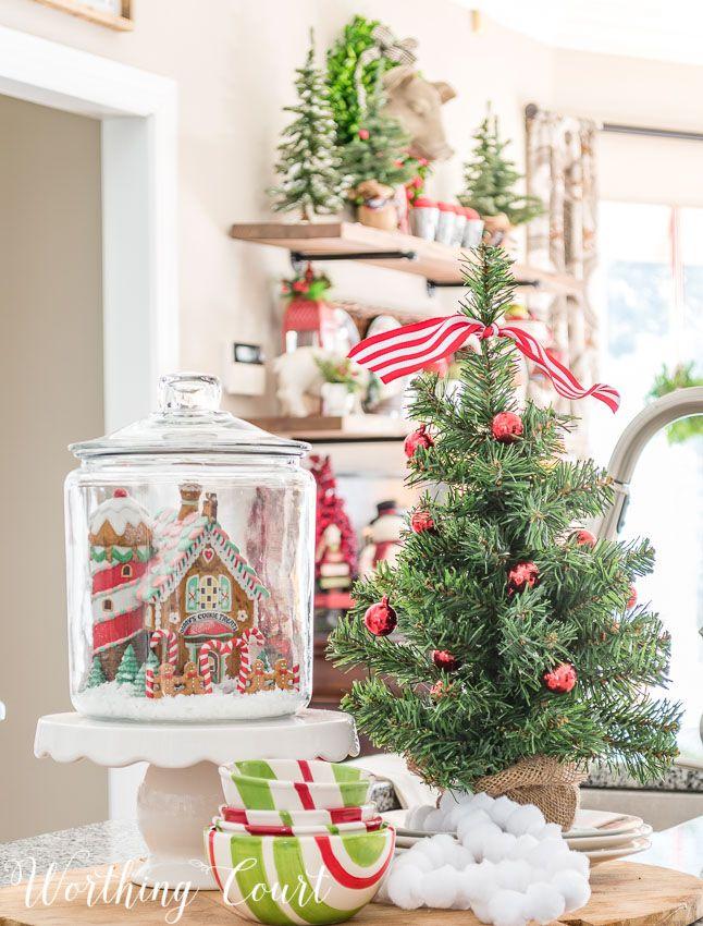 Kitchen Christmas Decorating Ideas: Best 25+ Christmas Kitchen Decorations Ideas On Pinterest