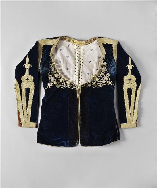 de veste était porté par des femmes juives mariées sous la robe de ...