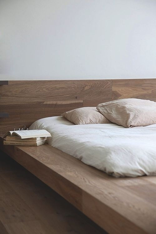 Platform natural wood bed base