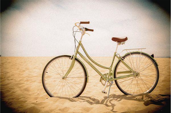 Mary Kay Colombia  Bicicleta. Playa  #MaryKay #MomentoExtrardinario…