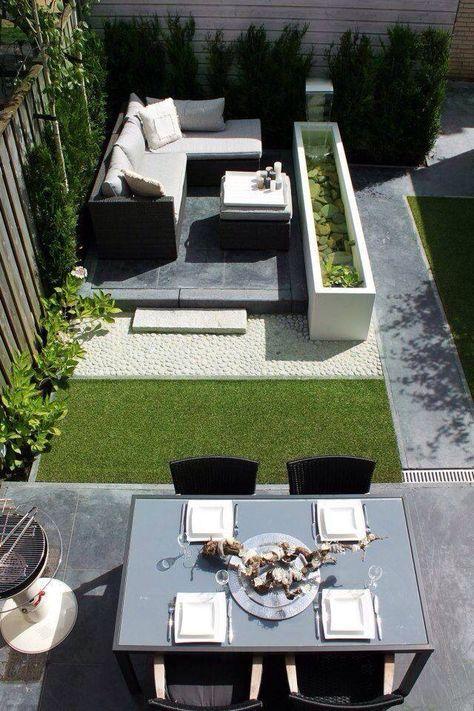 Super indeling voor een diepe smalle tuin.