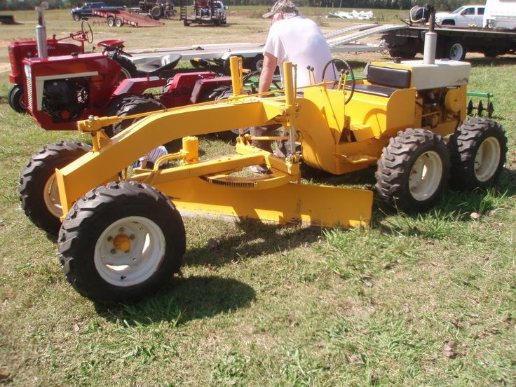 Ih Garden Tractors : Best images about world s largest grader on pinterest