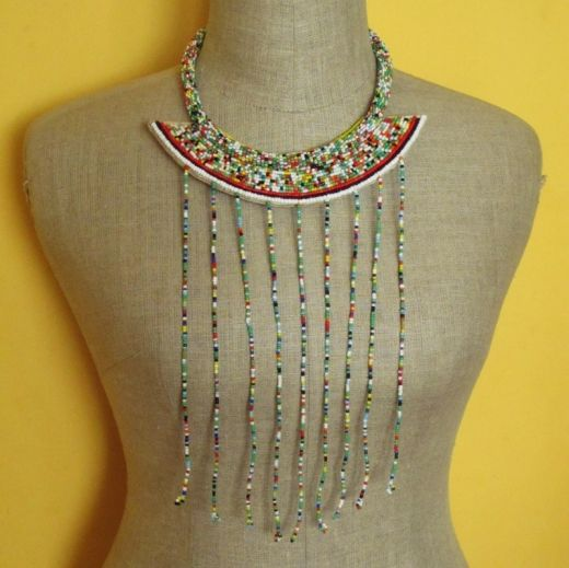 http://www.etnobazar.pl/shop/Moringa-art/products/nowosc-naszyjnik-etniczny-kolorowy-z-koralikow-i-skory-5