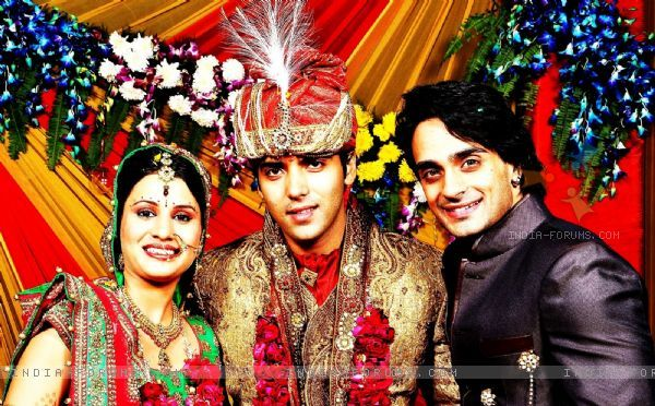 TV actor Angad Hasija joined Kinshuk Mahajan and Divya Gupta's wedding ceremony.