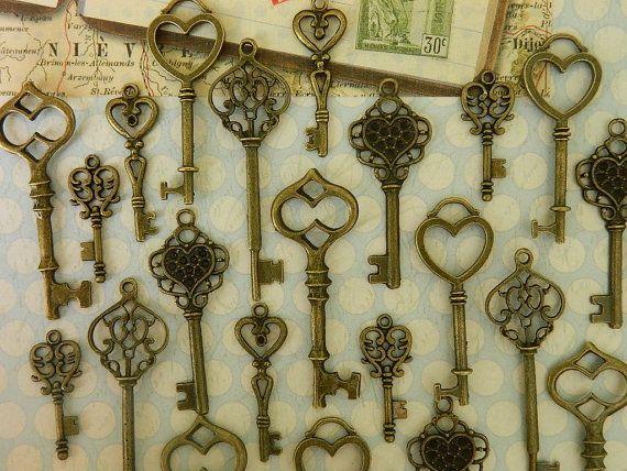 12  romantic Alice in Wonderland skeleton steampunk vintage old style replica key assortment  wedding favor jewelry supply wholesale big key on Etsy, $6.99