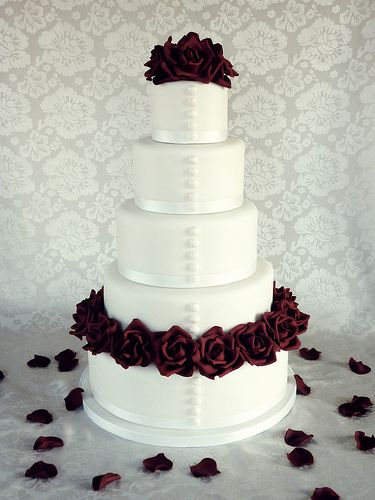 Red rose wedding cake | Flickr - Photo Sharing!