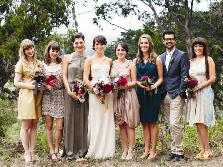 Groomswomen and bridesmen in wedding party---mixed gender bridal party--love it!