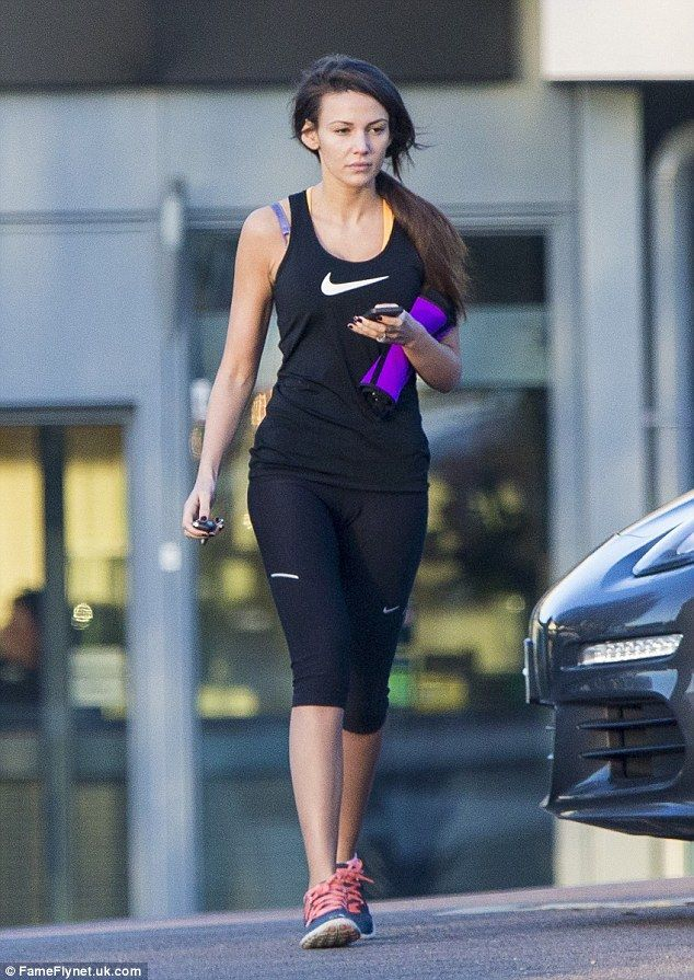 Make-up free Michelle Keegan leaves gym in tight vest and leggings #dailymail