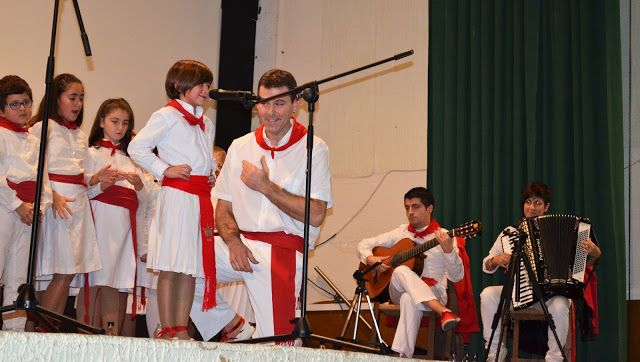 Santacara: Festival de Navidad - Escuela de Jotas Valle del A...