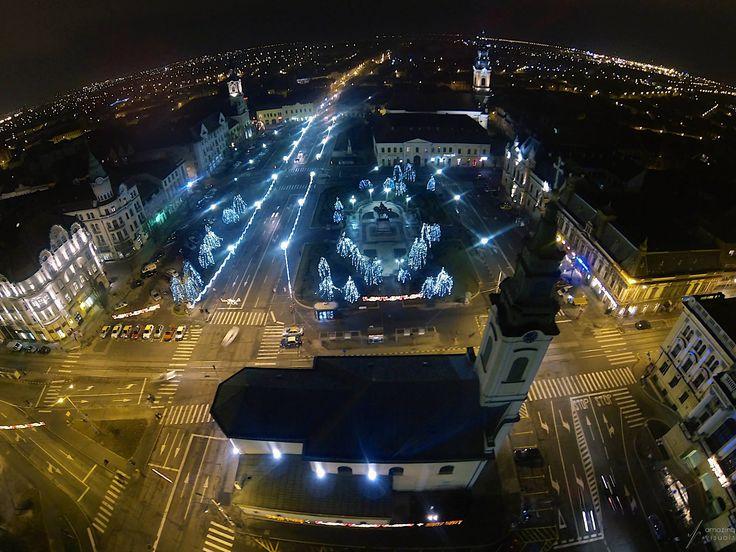 Piata Unirii privita de sus, seara | Oradea in imagini