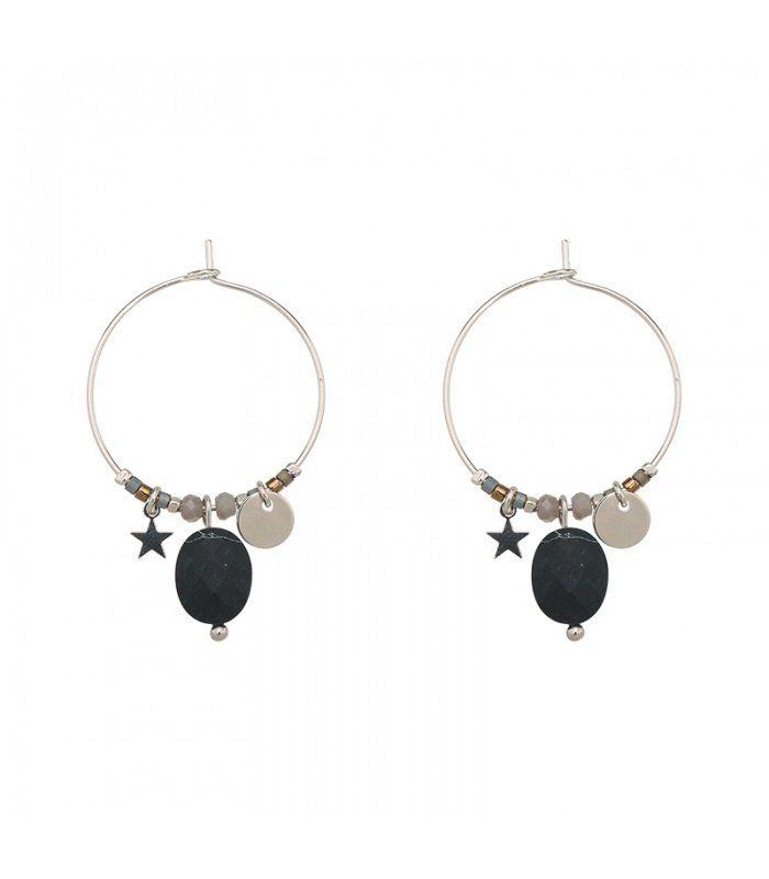 Zwarte creool oorbellen met bedel en steentje | Diameter van de oorbel is 4 cm | Lengte van de oorbel is 6 cm. | Yehwang fashion en sieraden