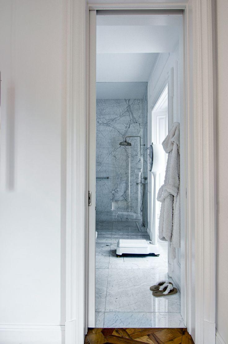 Bathroom in Piazza Cadorna apartment www.nomadearchitettura.com