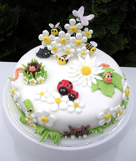 "The inspiration for this cute backyard bug cake was the gross sales show in Debenhams for Marc Jacobs ""Daisy"" fragrance"