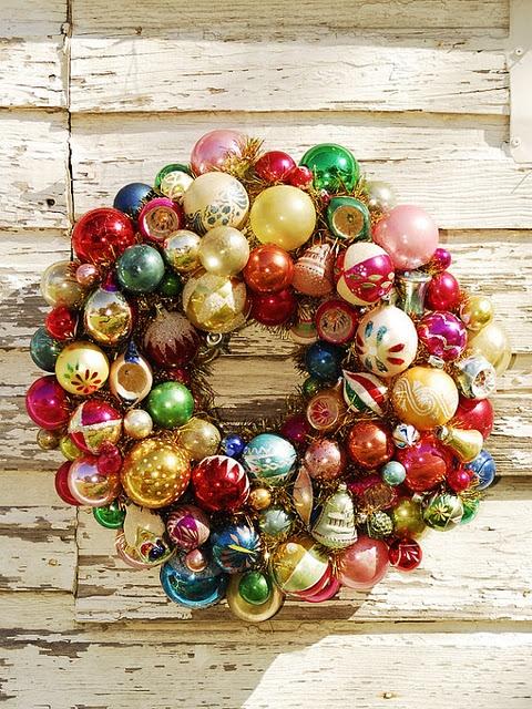 Glass ball wreath using old Christmas balls.