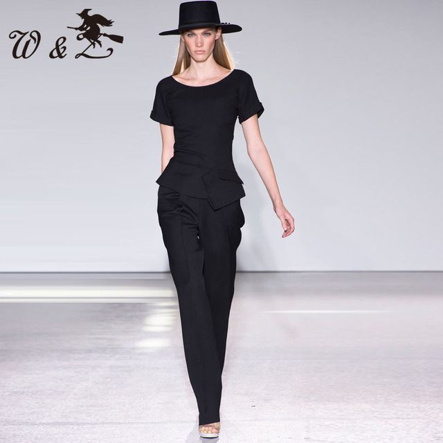 high quality 2016 spring new runway pants suit women elegant black pants set D0471 US $63.00 Specifics Style	Casual Gender	Women Decoration	None Clothing Length	Regular Pattern Type	Solid Sleeve Style	Bell Closure Type	None Material	Polyester Pant Closure Type	Zipper Fly Collar	O-Neck Sleeve Length	Short Brand Name	None Number	W-328  Click to Buy :http://goo.gl/t9O329