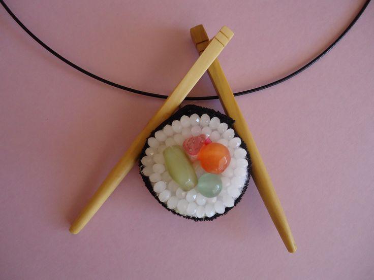Sushi.Palets de boix treballats per Pau Orriols.