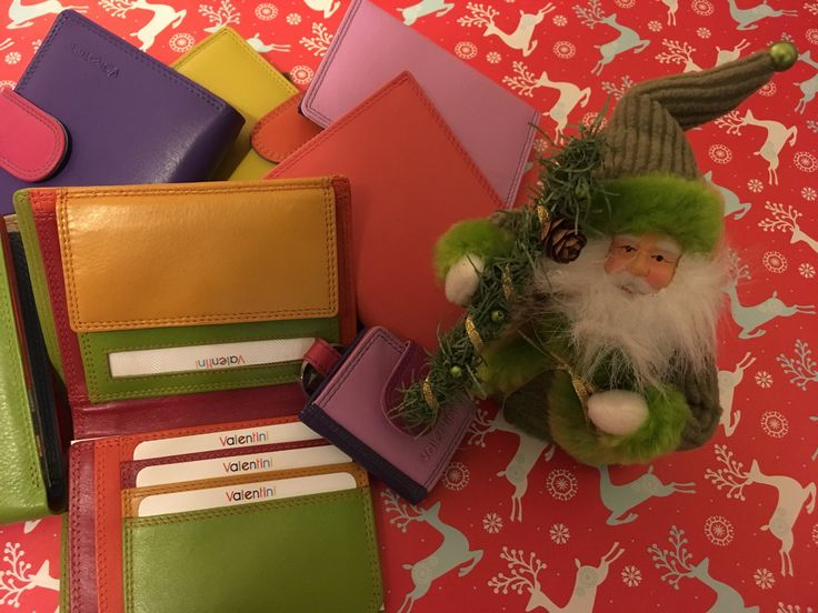 🎅 🎅 🎅 Celebrate Christmas with Magic of colours🎄🎄🎄 More here: http://www.terralusso.com/product-category/purses/page/2/