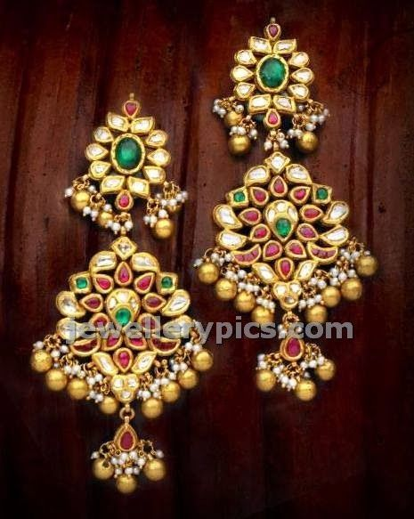 Fatastic Classic gold earrings - Latest Jewellery Designs
