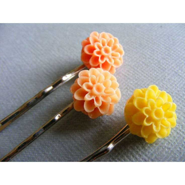 Pretty flower bobby pins by Pretty Awesome Designs for $5