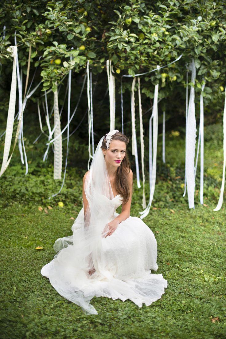 Robe de mariée Ivy & Aster, Voile Nicole Miller, Coiffe Jannie Baltzer, shooting Elodie Timmermans, Copyright Mlle C.