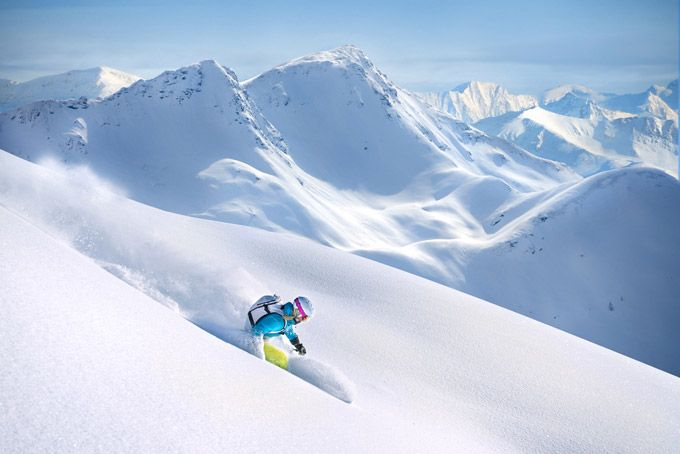 10 Best Ski Resorts for Late Season Snow & Spring Skiing | Skyscanner