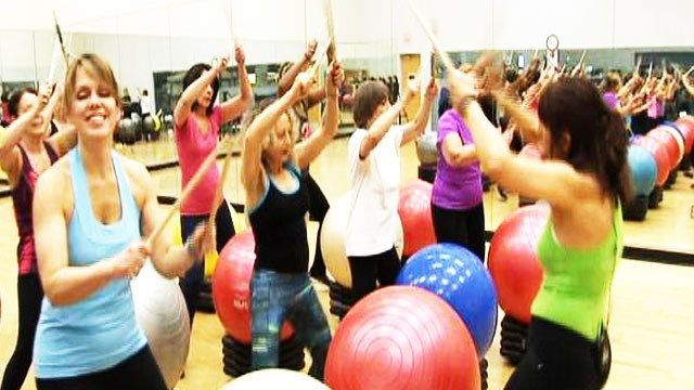 #FITENTERPRISESLLC #Fox2News #DenaRaptis #Autoimmune #PowerhouseGymWestBloomfield #HealthyDetroit #MultipleSclerosis #DRUMSALIVE  http://www.myfoxdetroit.com/story/28949268/drums-alive-lets-you-keep-the-beat-while-working-out  Come get your fitness on at Powerhouse Gym in West Bloomfield, MI! Just call (248) 539-3370 or visit our website powerhousegym.com/welcome-west-bloomfield-powerhouse-i-41.html for more information!