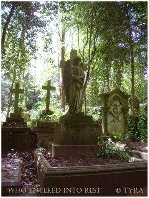 Tyras Trädgård / Tyras Garden: Travel Highgate Cemetery