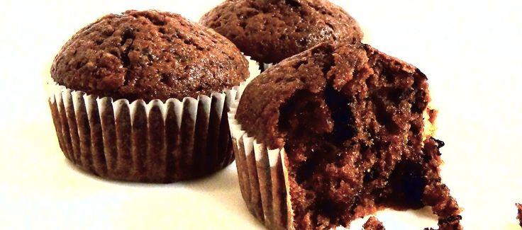 Простой рецепт очень вкусных шоколадных маффинов.