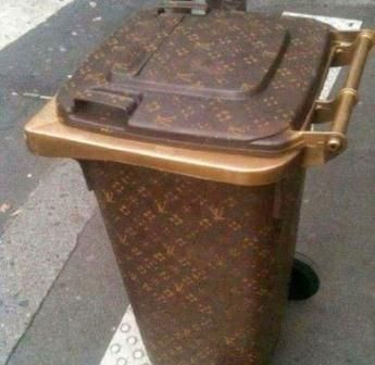 Designer Trash Cans  30 Crazy & Hilarious Things That You'll Only See In Dubai • Page 3 of 6 • BoredBug