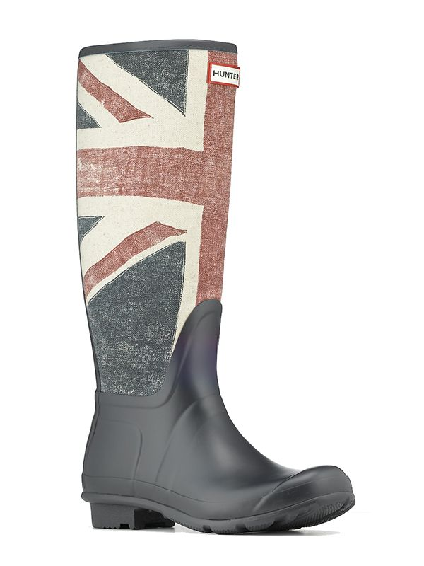 LOVE!  Rubber Welly Boots bearing the British flag.