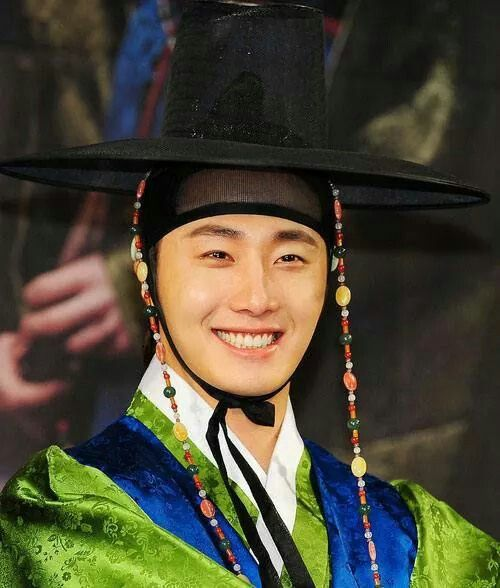 Jung Il Woo | Night Watchmans Journal