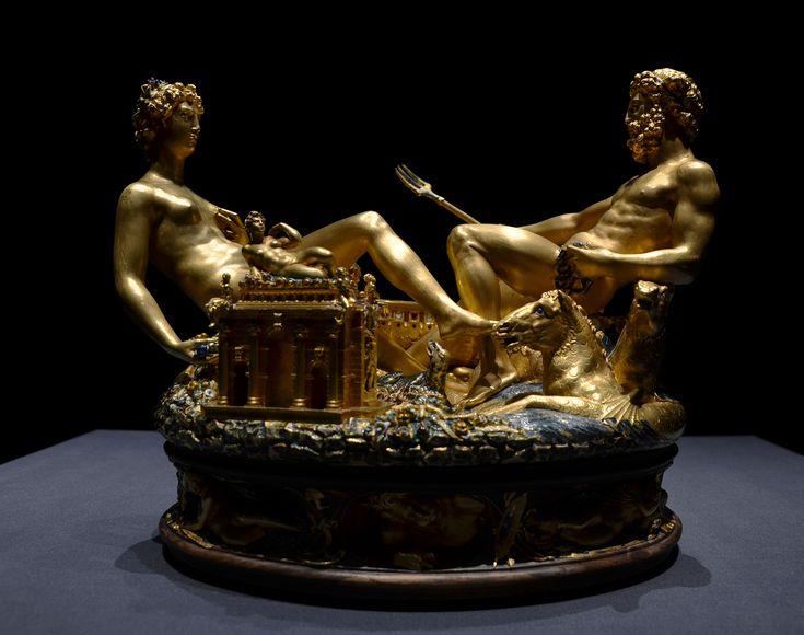Zlatnické dílo Celliniho slánka s mytologickými postavami Démétér a Poseidóna zhotovil Ital Benvenuto Cellini pro francouzského krále Františka I.