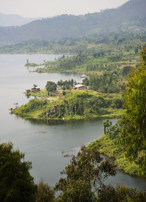Beautiful Rwanda http://www.travelandtransitions.com/destinations/destination-advice/africa/